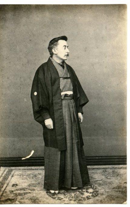 1891. Lafcadio Hearn, en Matsue, en su primer 'Shogatsu', Año Nuevo.