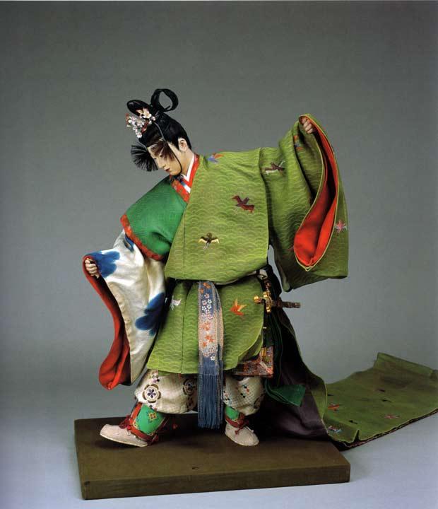 "Sosaku ningyô, ""General de las flores de cerezo y ciruelo"" de Hirata Gôyô II, 1936, Museo Nacional de Arte Moderno, Tokio"