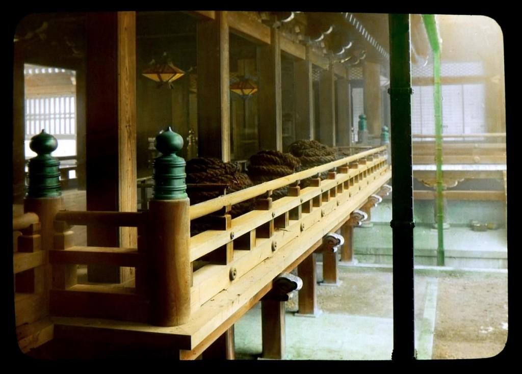 Gigantescas cuerdas de cabello humano en el templo Honganji.